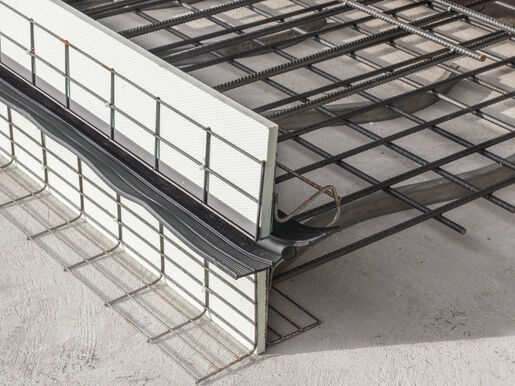 Formwork elements for expansion joints Stremaform® with rubber water bar cage