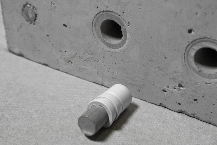 Concrete Form Spacers : Sealing cones and plugs max frank