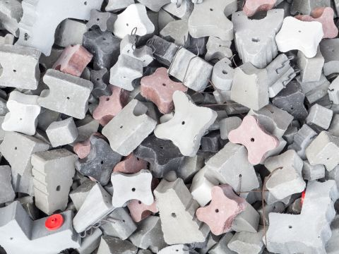 Fibre concrete block spacers