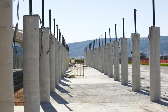 Maximum surface resistance for concrete columns in coastal area