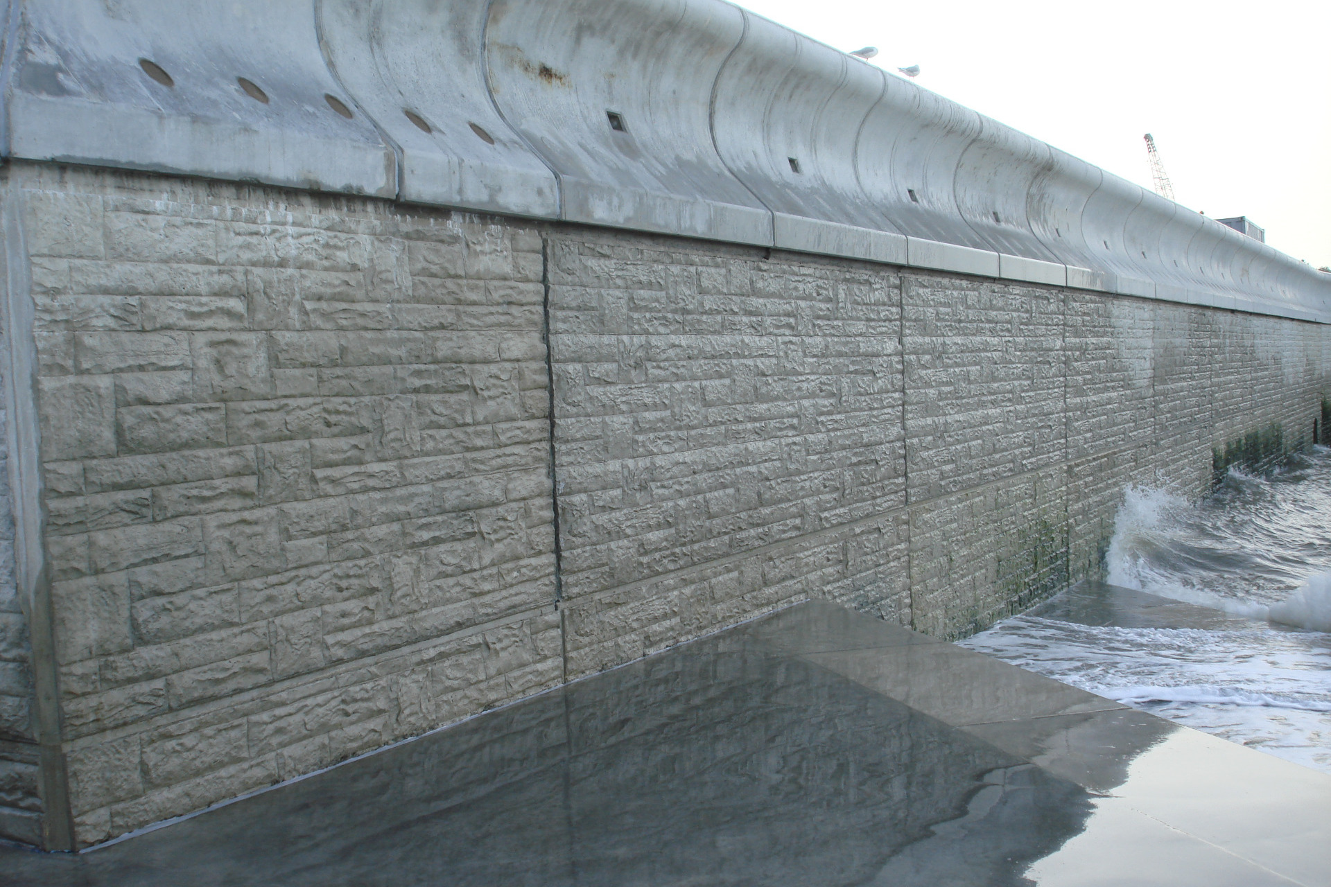 Cast Concrete Spacers : Waterfront project max frank
